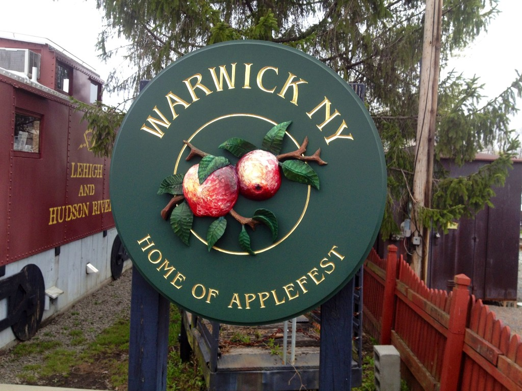applefest sign